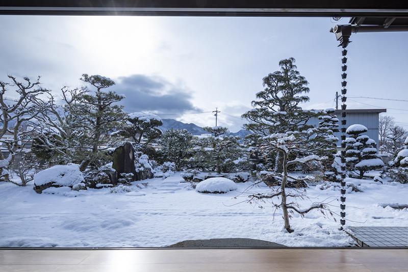 日本庭園 イメージ写真