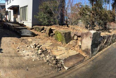 木曽石による和風庭園(ひと段落)