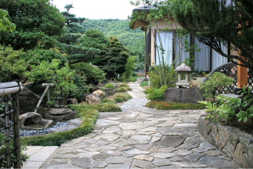 京都風の日本庭園