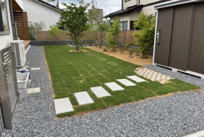 雑木と芝の植栽工事